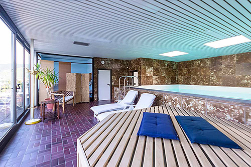 Hotel Schwimmbad Mosel, Hotel mit Schwimmbad Zell Mosel, Hotel mit Pool Zell Mosel, Hotel mit Schwimmbad Zell Mosel, hotels an der Mosel mit Schwimmbad, wellnesshotel mosel mit schwimmbad, hotel an der mosel mit schwimmbad und sauna, hotels direkt an der mosel